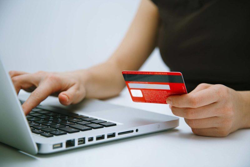 Laptop card payment