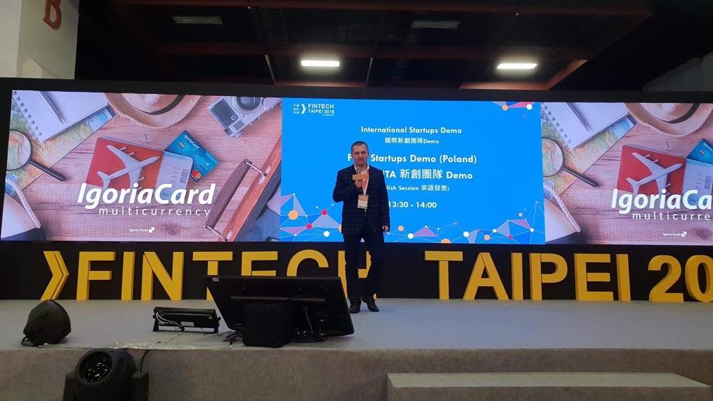 Podczas International Startups Demo, Wojciech Kuliński, prezes of Igoria Trade S.A. zaprezentował platformę wielowalutową IgoriaCard